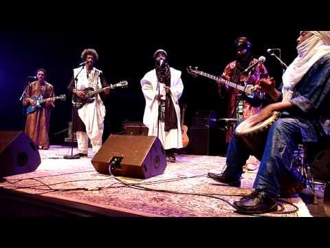 Tinariwen - Live à la cité de la musique ( Paris ) le 12/02/2010 - 2