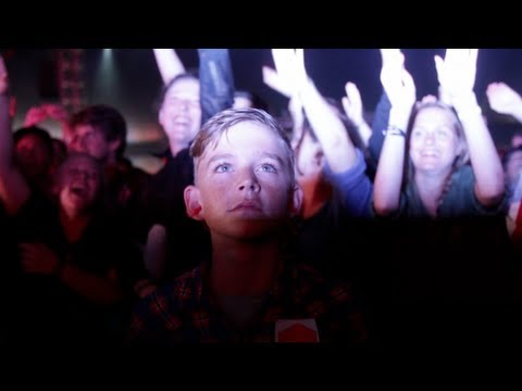 Rangleklods - Young and Dumb (Live at Roskilde Festival)