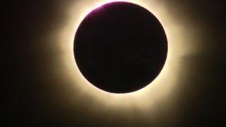 Spektakuläre totale Sonnenfinsternis in Australien