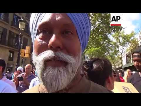 Barcelona's Indian community offer prayers at memorial