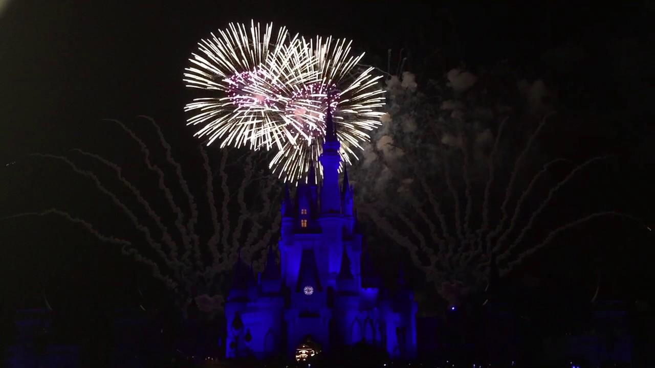 Walt Disney World Cinderella S Castle Fireworks 2017 Orlando Fl