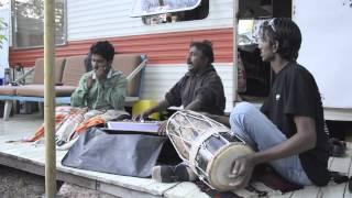 Barmer Boys -  Maiya Mori Mai Nahi Makhan Khayo (Krishna Bhajan by Surdas)
