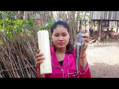 Awesome Cooking Soup Banana Stem W/ Fresh Fish Recipe – Cook Fish Recipes – Village Food Factory