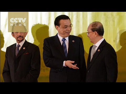 Chinese Premier Li Keqiang meets ASEAN leaders