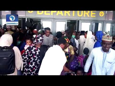 Travellers Storm Kaduna Train Station