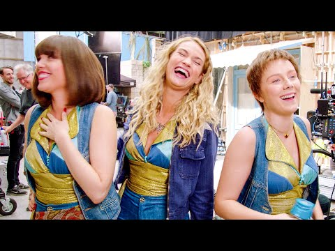 MAMMA MIA 2 Funny Outtakes + Bloopers (2018)