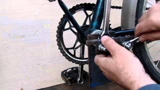 Бюджетный ремонт велосипеда на даче своими руками(http://bit.ly/2hjdmFJ ручные инструменты из Китая. http://bit.ly/2gMNhha ручные инструменты в России. http://bit.ly/2gWWQu1 ручные инстру..., 2015-05-31T08:47:46.000Z)