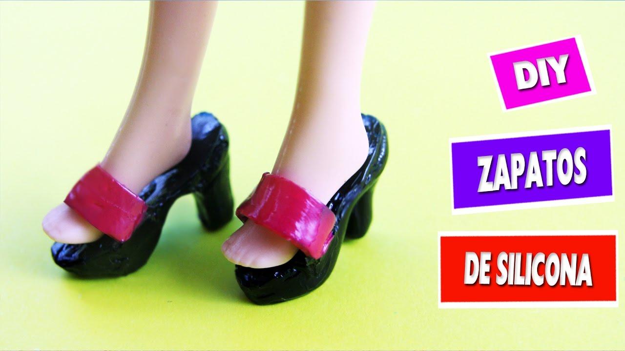 7bf688c26 👠👢👞CÓMO HACER ZAPATOS PARA MUÑECAS BARBIE- Con silicona caliente -  manualidades para muñecas