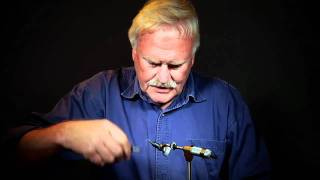 Fly tying Bob Wyatt ties his Snow Shoe Hare Emerger