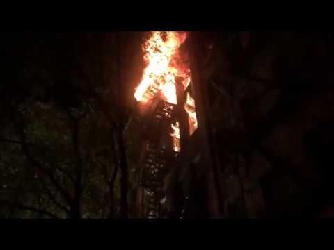 FDNY BATTLING A MAJOR 6TH ALARM FIRE ON EAST 93RD STREET IN MANHATTAN IN NEW YORK CITY.