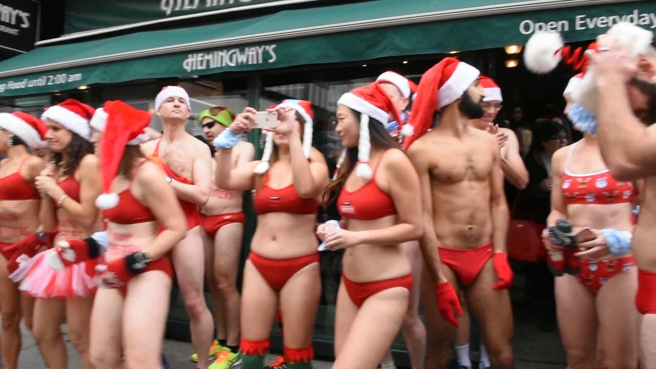 5a6efab7075b0 Toronto Grand Prix Tourist - A Toronto Blog: Santa Speedo Run 2017 - A  Toronto Blog