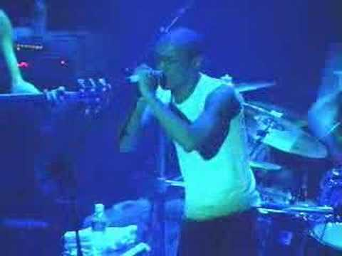 Tricky - For Real (Live NY 091699)2of15