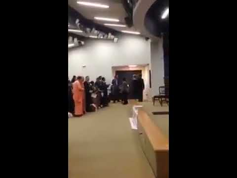 Satya Sai foreign Students reciting Rudram in USA, White House