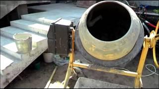 Как замесить бетонную смесь или как делать бетон ✔(Как замесить бетонную смесь или как делать бетон., 2014-08-03T16:26:00.000Z)
