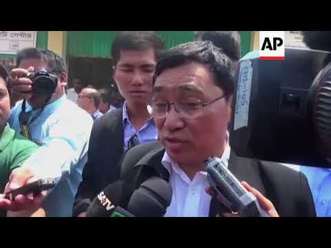 Myanmar minister meets Rohingya refugees in Bangladesh camp