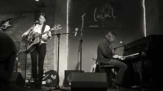 """SARAH LEE GUTHRIE & JOHN IRION """"If I Were A Carpenter"""" @ Local (Wien) 17.4.2014"""