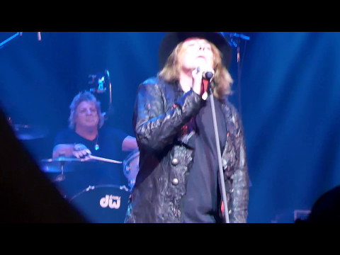 Dokken - Alone Again - San Antonio - 3-10-17