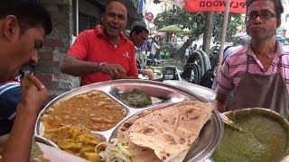 4 Piece Roti with 2 Different Curry & Chutney Salad 25 rs Only | Kolkata Street Food Loves You