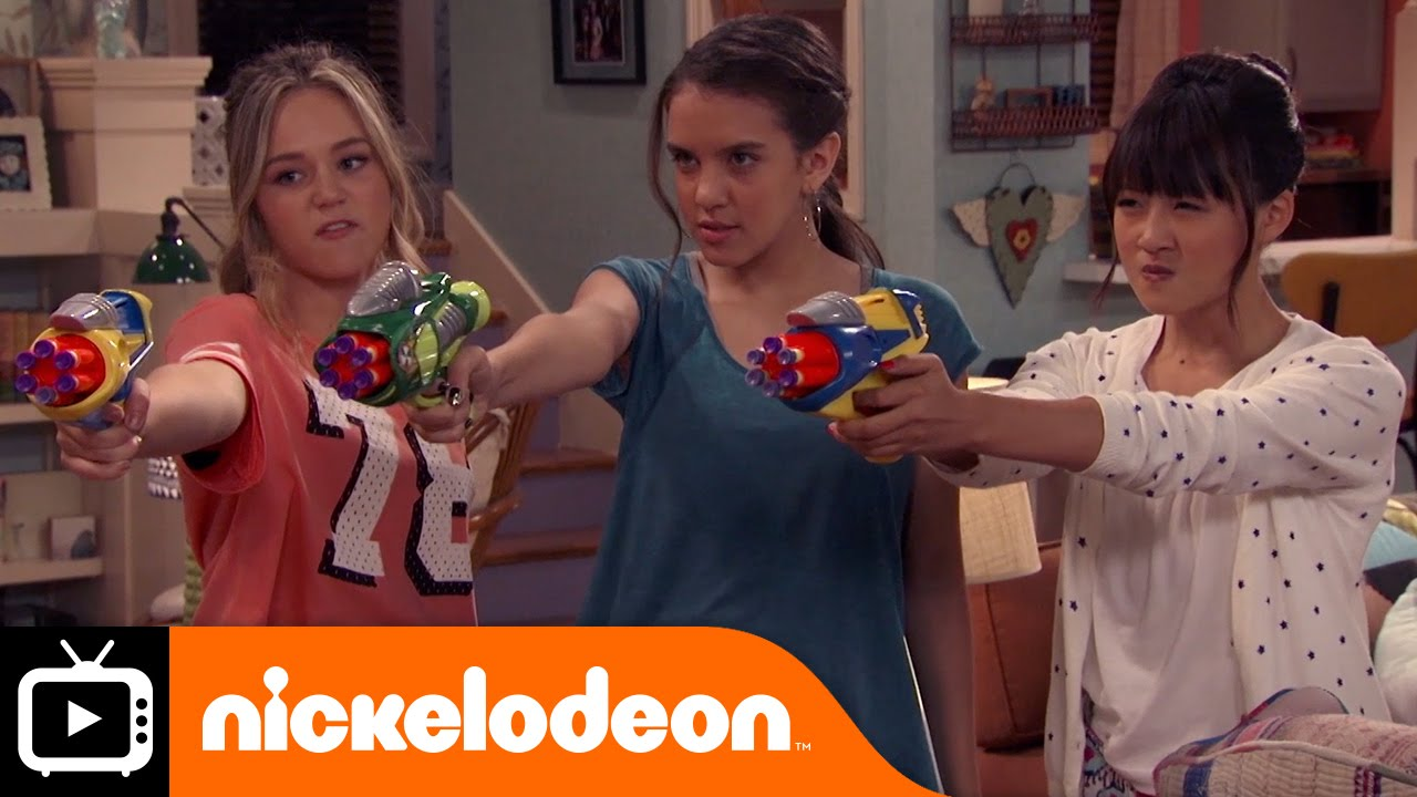 Download Bella and the Bulldogs | Pizza Delivery | Nickelodeon UK
