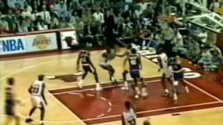 "MICHAEL JORDAN: ""The Move"" (1991 NBA Finals)"