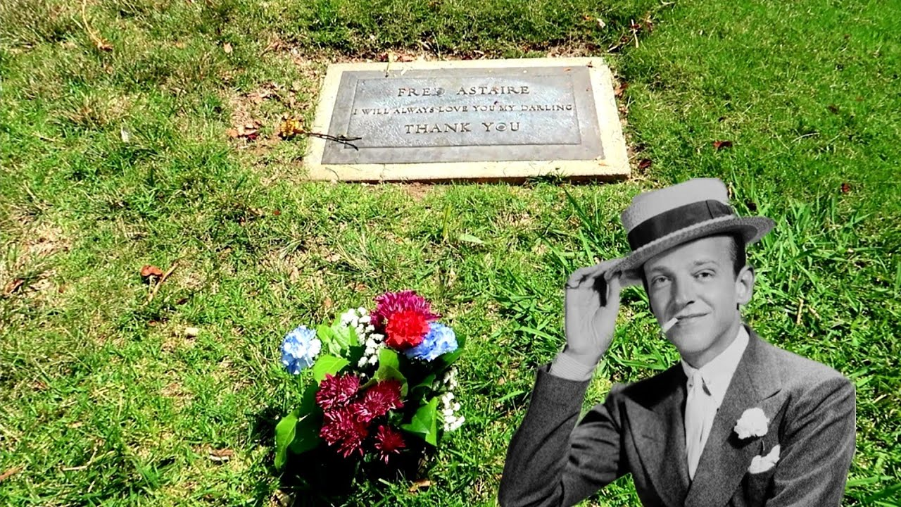#1068 The Grave of FRED ASTAIRE & His Family - Jordan The Lion Daily Travel  Vlog (7/10/19)