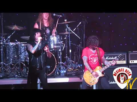 L. A. Guns - Baby Gotta Fever: Live on the...