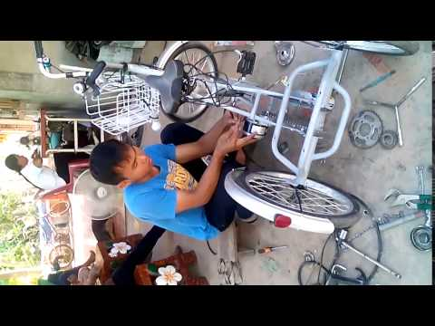 จักรยานสามล้อไฟฟ้าช่างอุ้มปทุมรัตต์