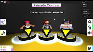 How can this guy beated me without dressing??? Fashion Famous ROBLOX #2