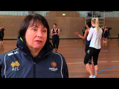 Australian Diamonds Train At AIS