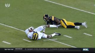 Michigan at Iowa - Football Highlights