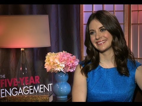 Alison Brie talks playing with Chris Pratt in The FiveYear Engagement