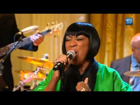 Patti LaBelle sings 'Over The Rainbow' 2014 Live