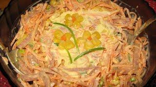 Салат с морковью и сухариками