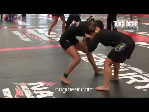 NAGA  Battle at The Beach '14 • Daria Berenato vs Emily Boller • Female No-Gi
