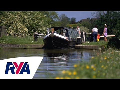 Top Tips for going on an Inland Waterways Holiday - Canal Boats Narrow Boats Locks