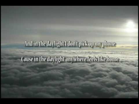 Matt and Kim - Daylight [Lyrics]