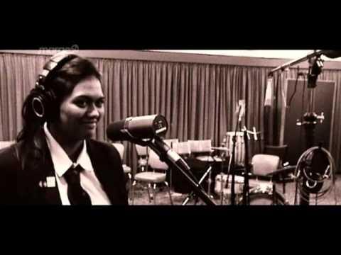Waimarie Smith teenage songwriter from Ngāpuhi
