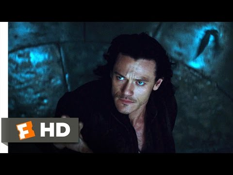 Dracula Untold (7/10) Movie CLIP - Bat Smash (2014) HD