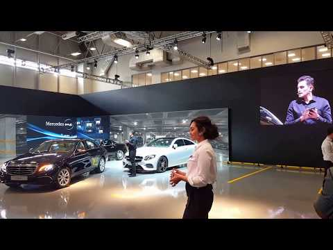 Self Parking Car Mercedes E Class - Parking by smartphone