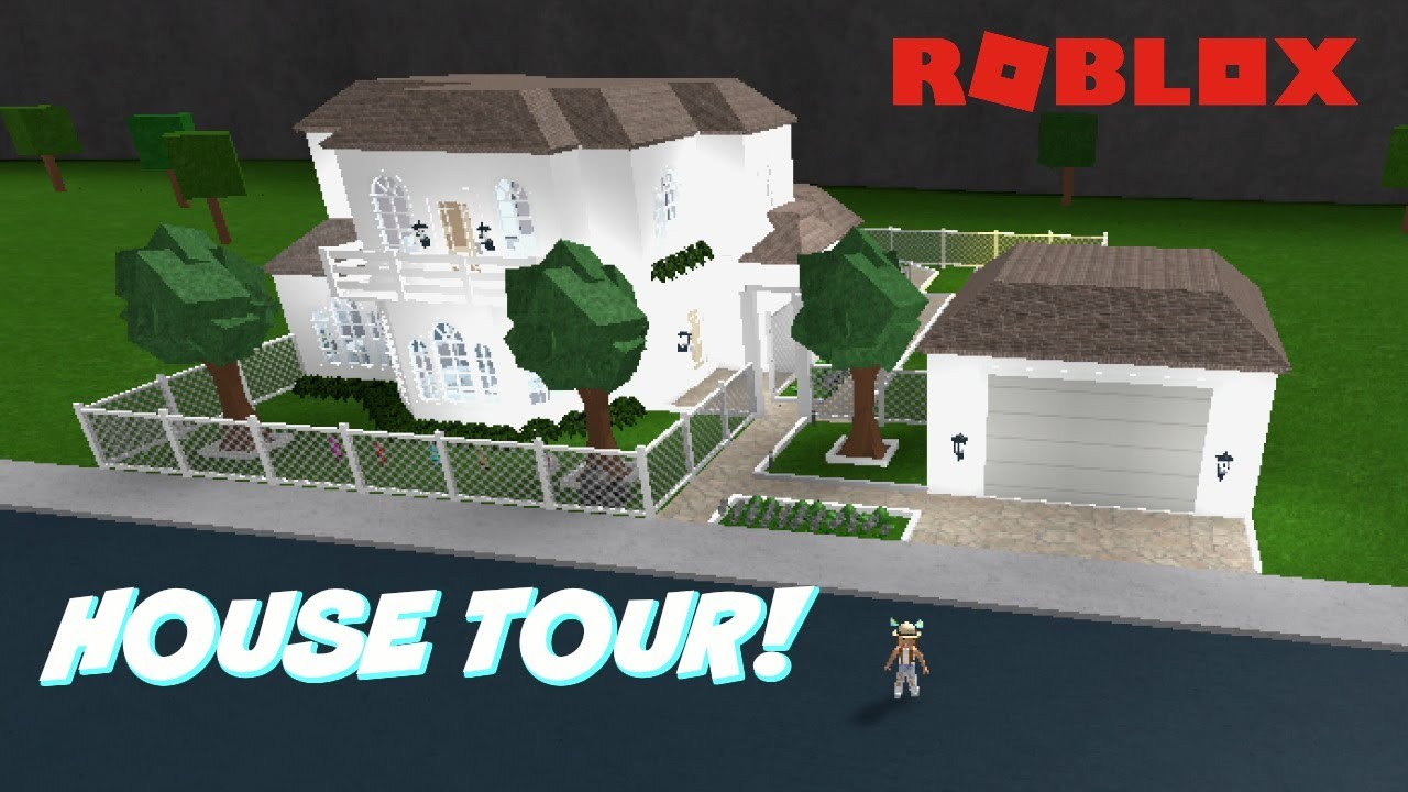 Roblox Family Role Play Home In Bloxburg Tour Youtube