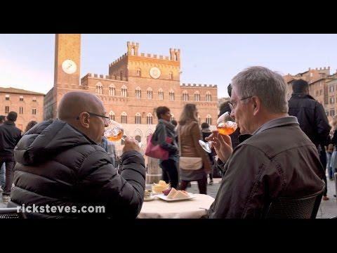 Siena, Italy: Passeggiata and Aperitivo