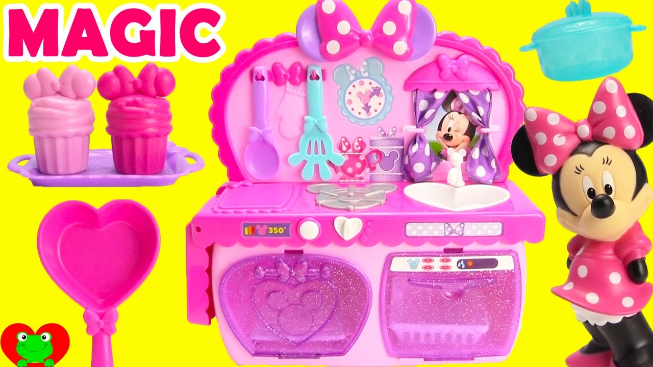 Cooking With Minnie Mouse S Magical Kitchen Surprises Youtube