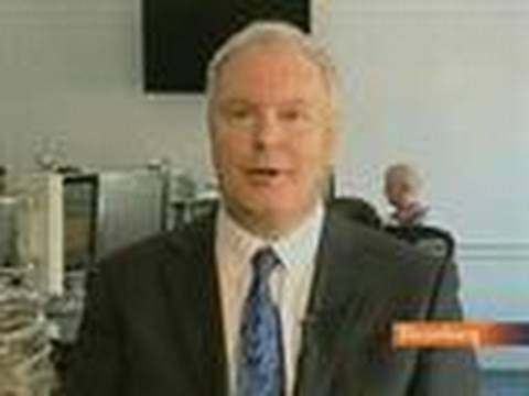 SVM's McLean Says Hayward Must Go, BP Model Is `Broken'