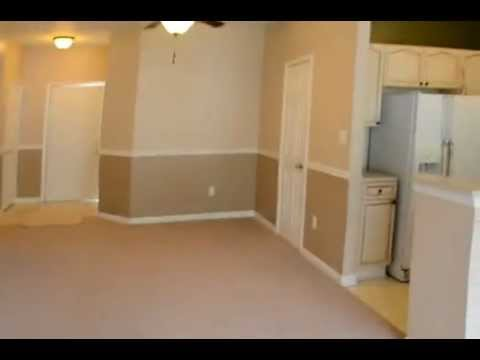 video tour of 2004 Peggy Stewart way  207.MOV