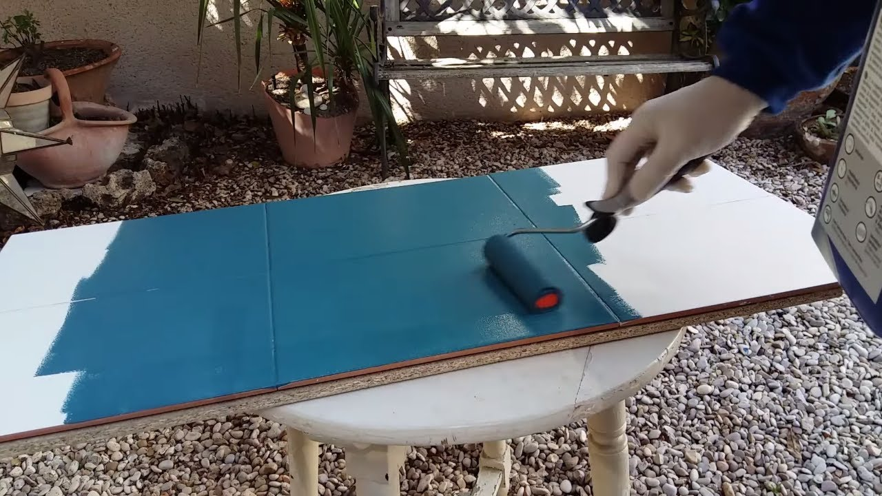 C mo pintar azulejos leroy merlin youtube for Coprigradini leroy merlin