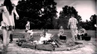 Jason Aldean- Dirt Road Anthem (official video)
