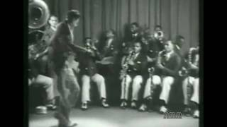 Cab Calloway 1931-Blues In My Heart- Battle of the bands!