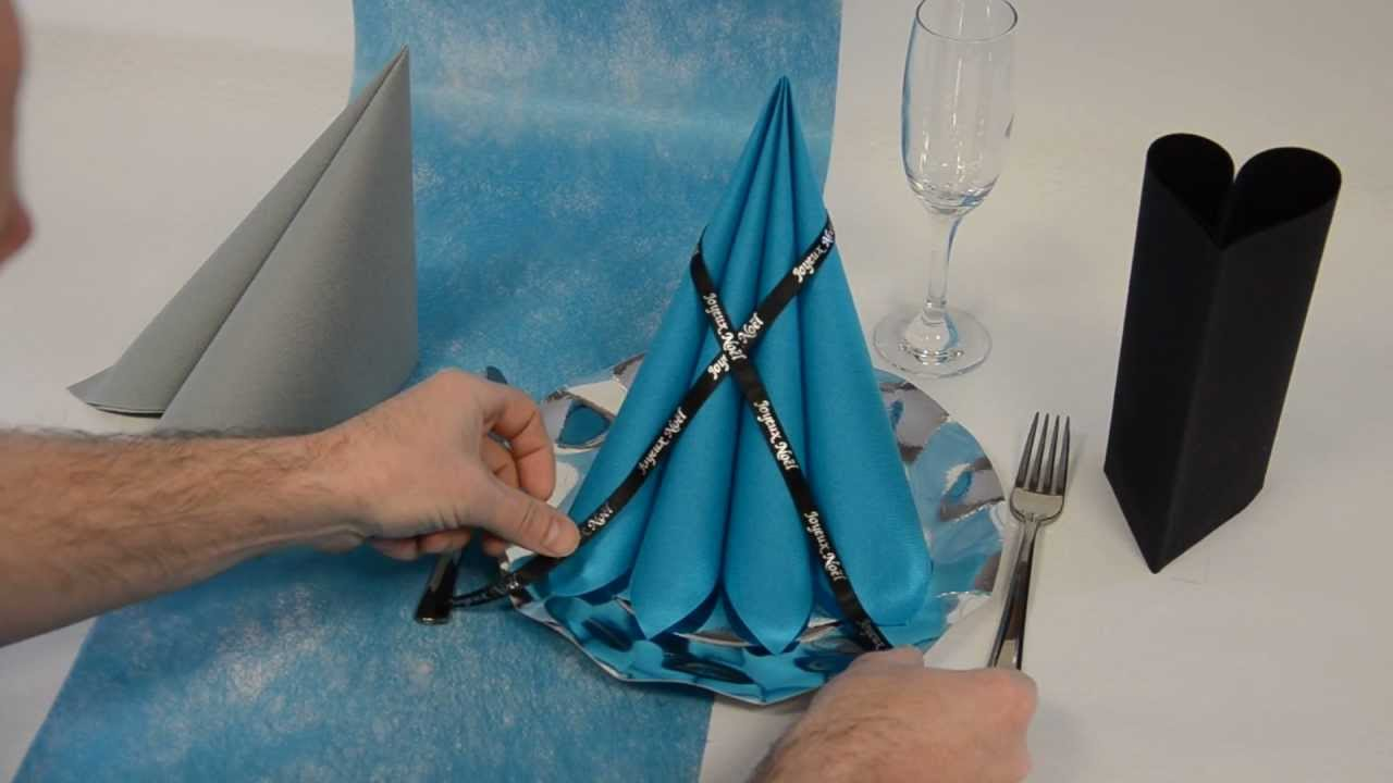 Pliage de serviette en pyramide youtube - Pliage serviette chandelle ...