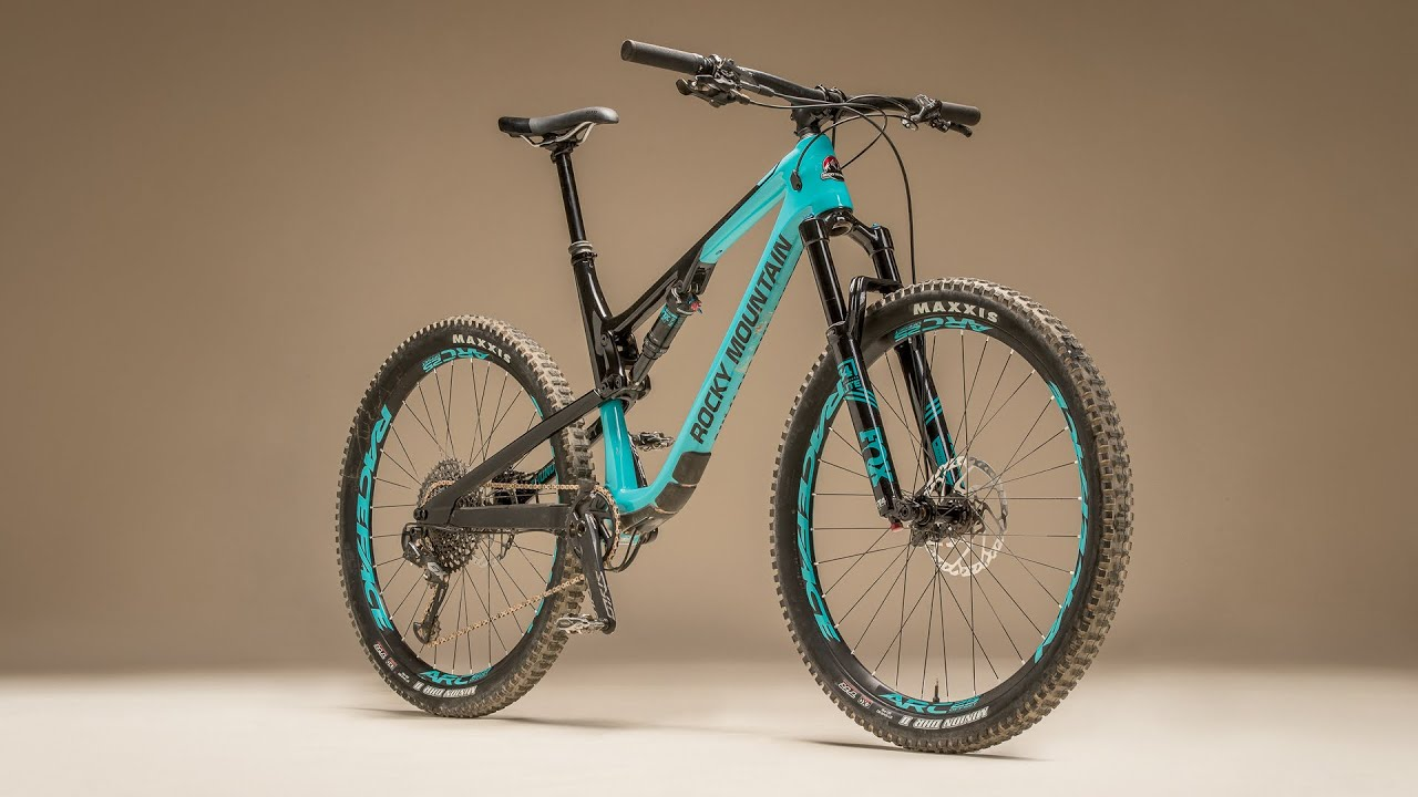 e27d35d0564 Review: Rocky Mountain Thunderbolt C30   Bible of Bike Tests 2019 ...