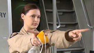 すべて女性クルーのC-17グローブマスターIII輸送機